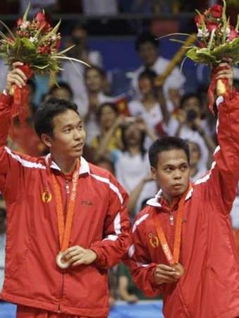 Markis & Kido holds the gold medal in Beijing Olympic 2008